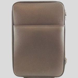 Preowned LV Pegase 55 Taïga Luggage Bag